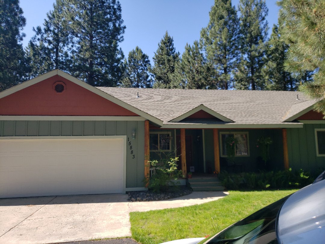 La Pine, OR - Bidding to replace a composition roof due to hail damage with GAF TIMBERLINE.