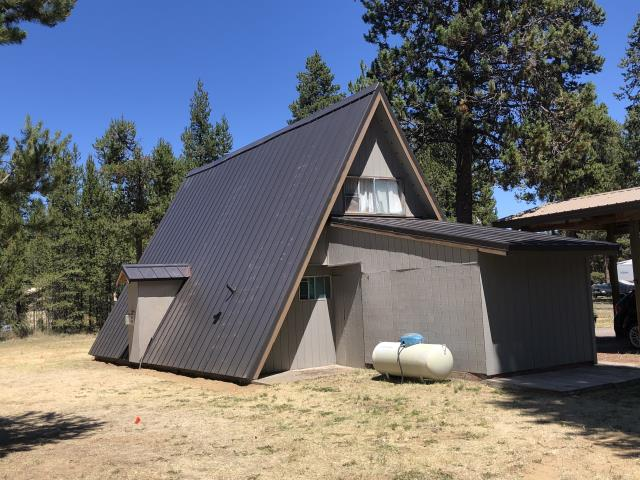 La Pine, OR - Another beautiful installation by Deschutes Roofing Company.