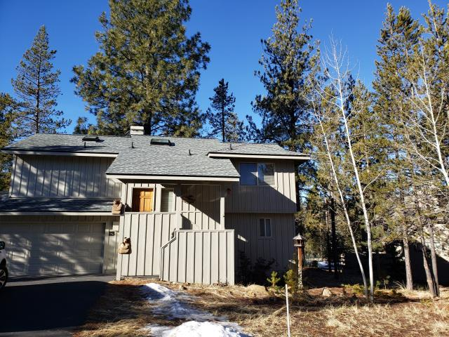 Sunriver, OR - Another roof completed in Sunriver with GAF Timberline HDZ architectural asphalt shingles in the color pewter gray. This roof features the GAF Snowcountry Advanced continuous ridge vent system with Ridglass high profile ridge.