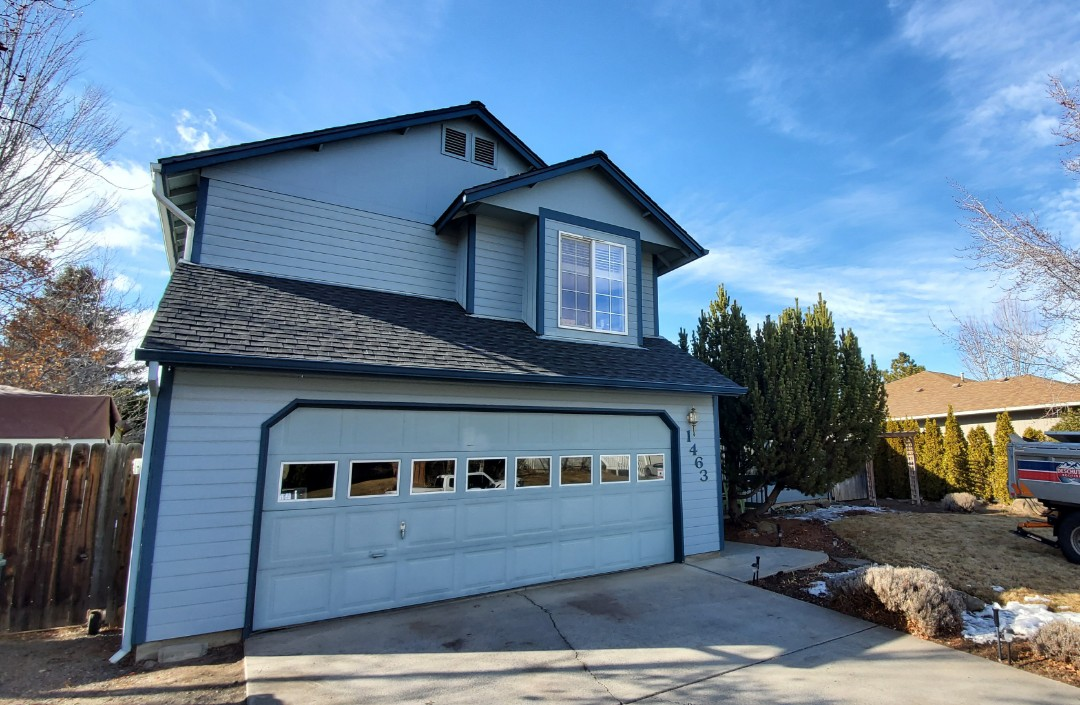 Bend, OR - Just finished replacing an asphalt shingle roof with GAF Timberline HD architectural shingles in Charcoal color. This roof includes SnowCountry Advanced continuous ridge vent, ice and water shield and extended warranties from GAF and Deschutes Roofing & Insulation.