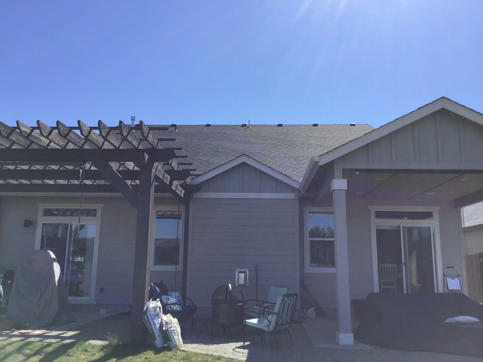 Bend, OR - Installing skylight