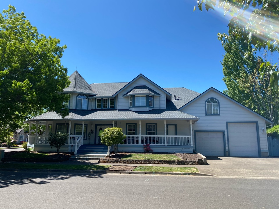 Eugene, OR - We installed GAF timberline HDZ pewter gray asphalt shingles to this beautiful home. We also used ice and water defender for the leak barrier.