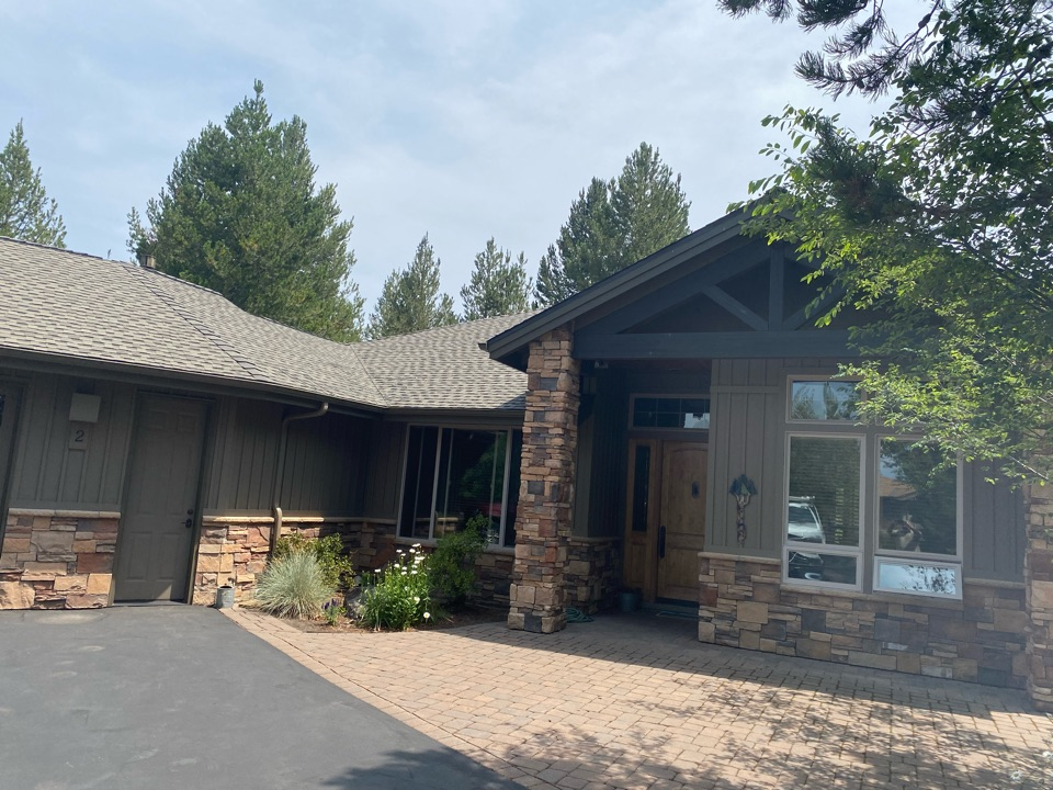 Sunriver, OR - We installed GAF ultra Weatherwood shingles on this home. We also installed drip edge flashing.