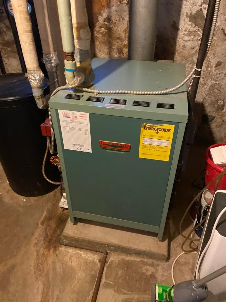 Saline, MI - Perform gas boiler tune up on system