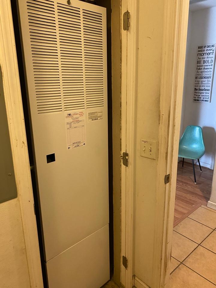 Chelsea, MI - Installing mobile home high efficiency furnace