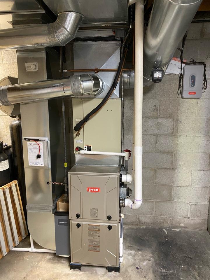 Manchester, MI - Installing Bryant furnace