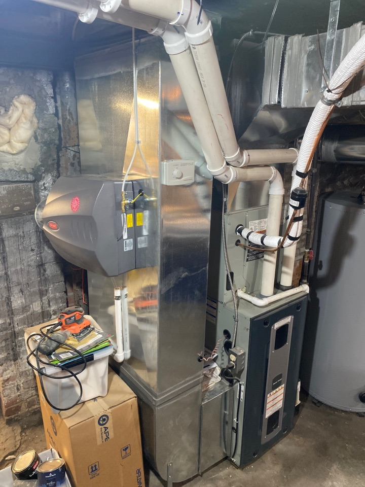 Installed new humidifier and gas furnace tune up on system