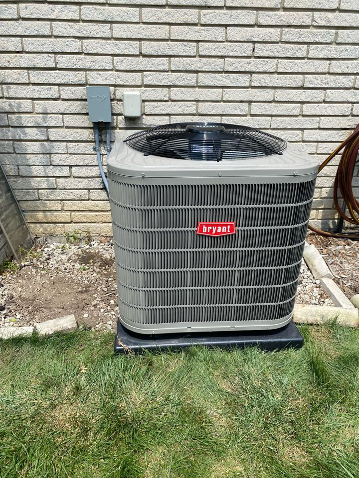 Saline, MI - Furnace and air conditioner install!
