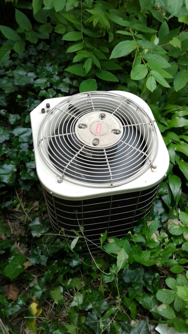 Dexter, MI - Air conditioner cleaning and maintenance