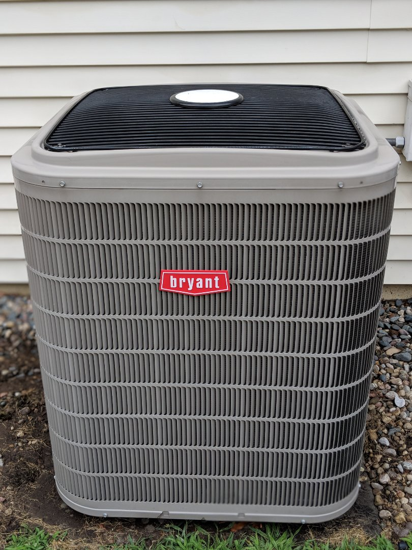 Chelsea, MI - Bryant Evolution Air Conditioner Tune-up