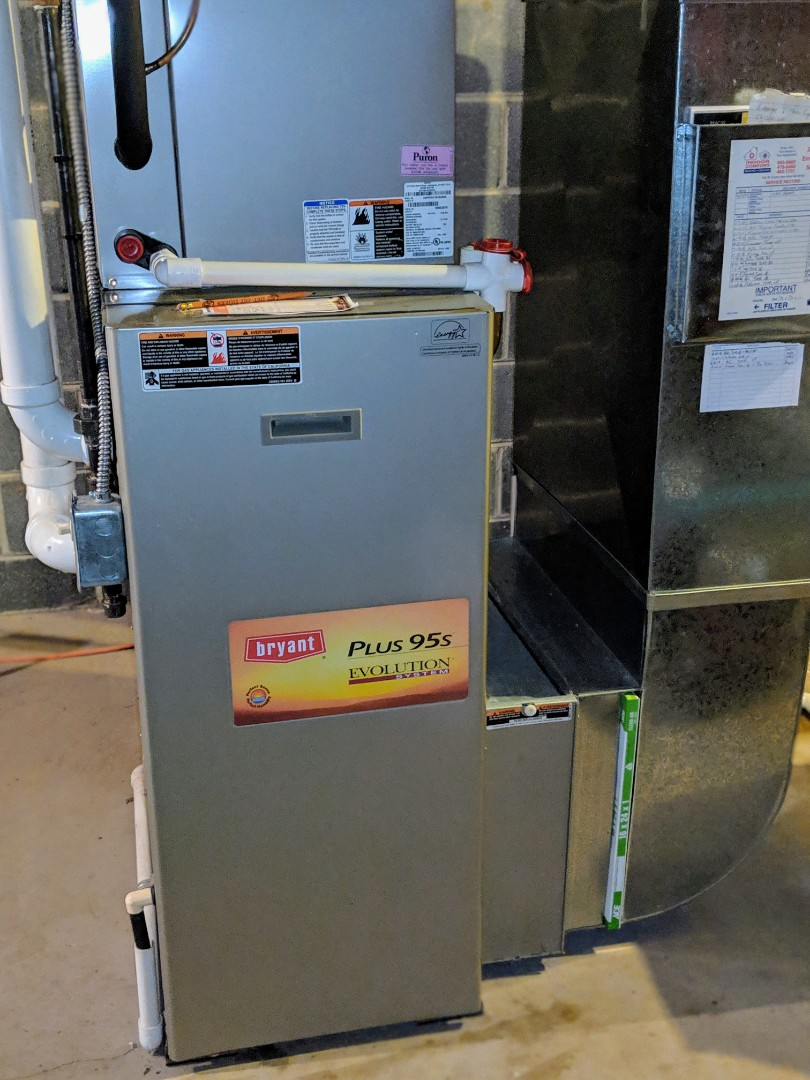 Dexter, MI - Bryant Evolution Series Gas Furnace Tune-up and Air Filter Replacememt