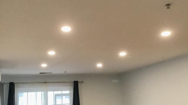 Choosing the right recessed lights can be confusing. They come in an array of sizes, color output, and brightness. We recommend the canless recessed lighting know as wafer lights. They don't have the restrictions for installation that traditional recessed lights do since they are razor-thin.
