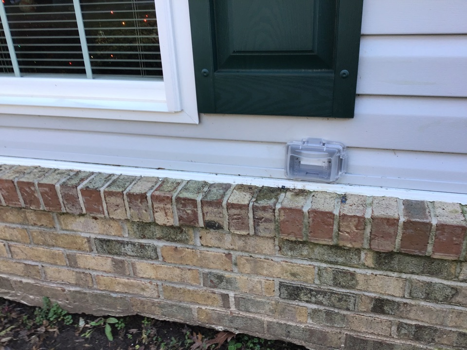 Laurel, MD - Replaced burnt up GFCI on front of the home and installed a new larger box and secured it to the stud so that it wouldn't move around in the wall.
