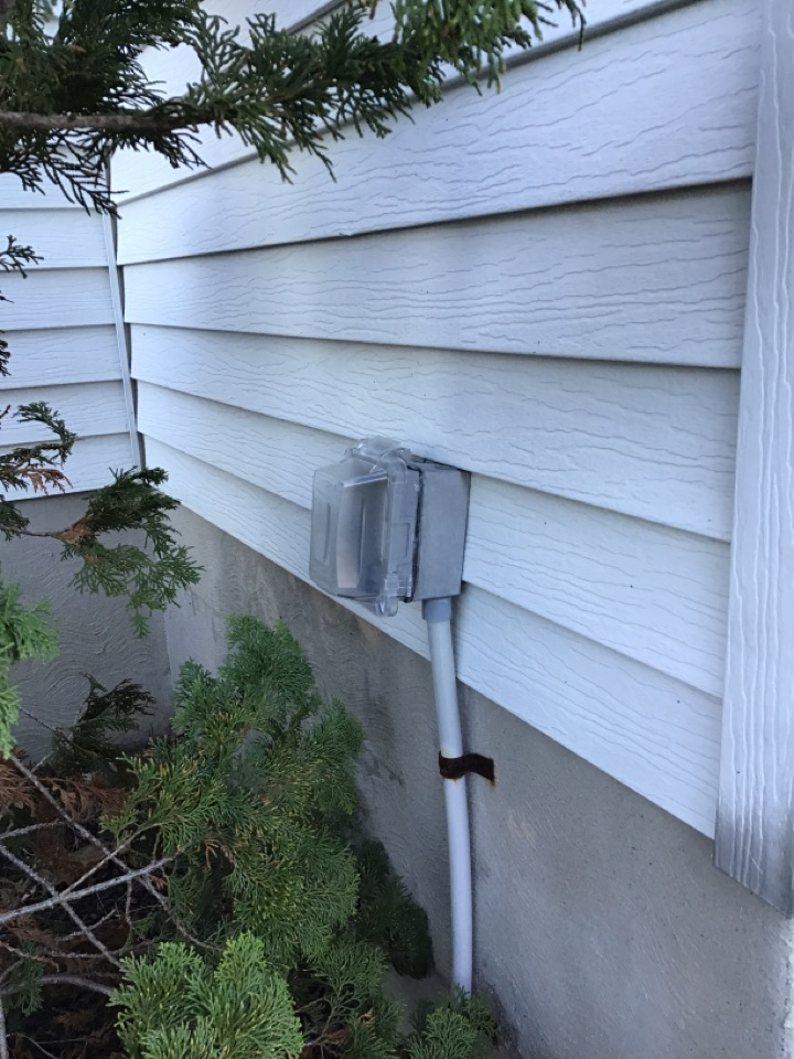 Pasadena, MD - Installed weatherproof GFCI on side of home for Christmas lights.