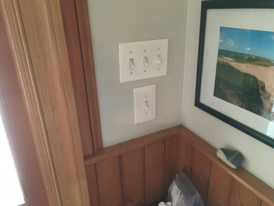 Local electrician to troubleshoot power loss