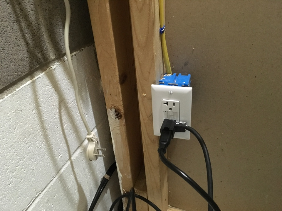 Glen Burnie, MD - Local electrician to install sump pump circuit