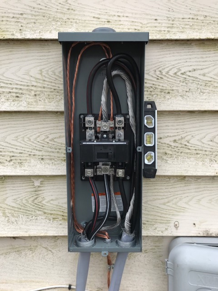 Pasadena, MD - Installing new panel and disconnect