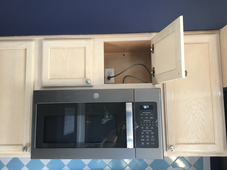 Pasadena, MD - Installing new microwave and circuit