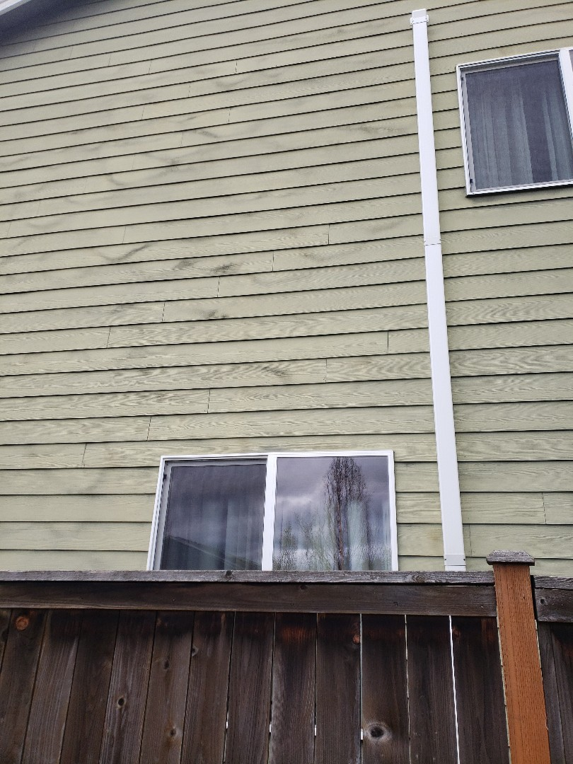 Duvall, WA - In do Val looking at different James Hardie