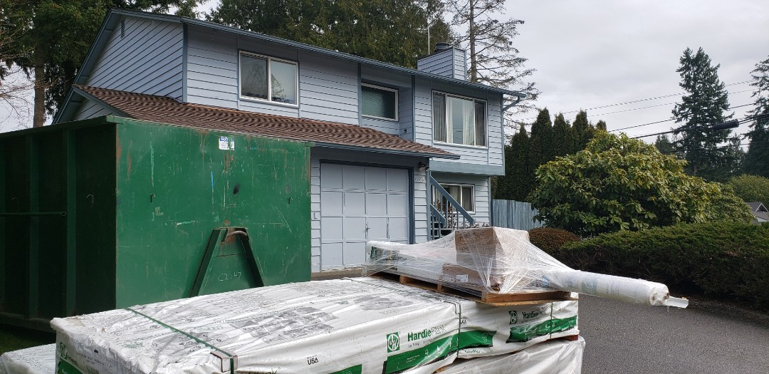 Lynnwood, WA - Getting ready to start a James Hardie Colorplus installation here in Lynnwood.