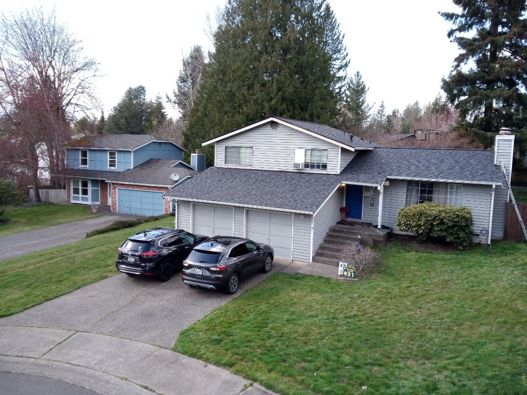 Kent, WA - Roof, gutters and fascia