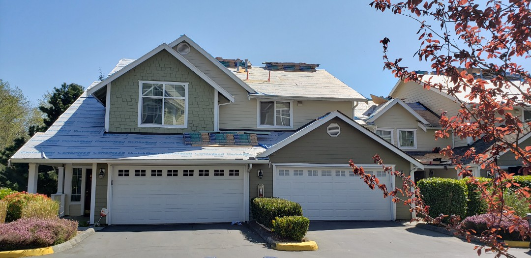 Everett, WA - Roofing in progress. Tear off done and underlayment applied. Ready for some new shingles.
