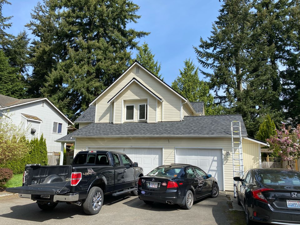 Everett, WA - New Certainteed roof system