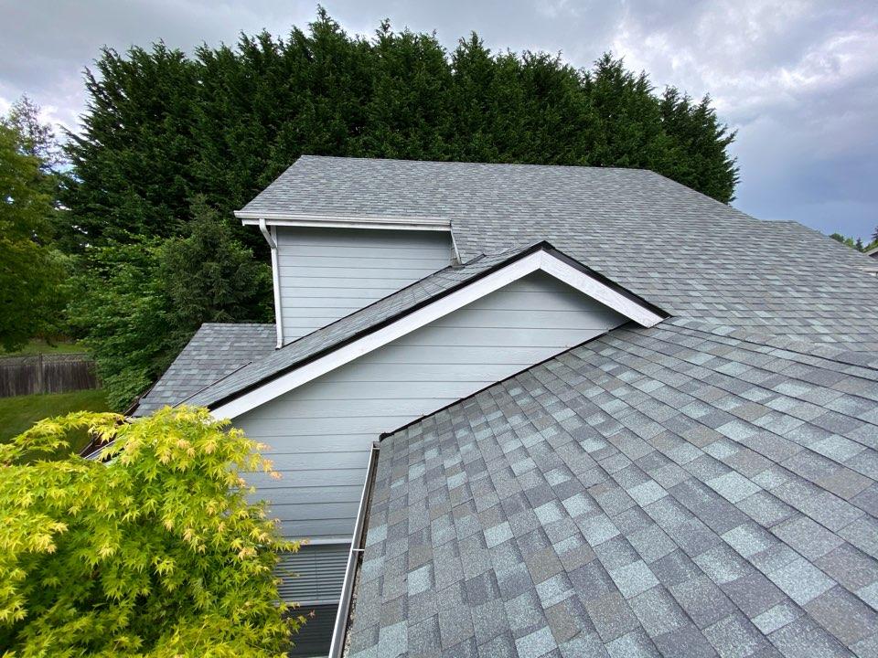 Everett, WA - Certainteed Landmark Roof