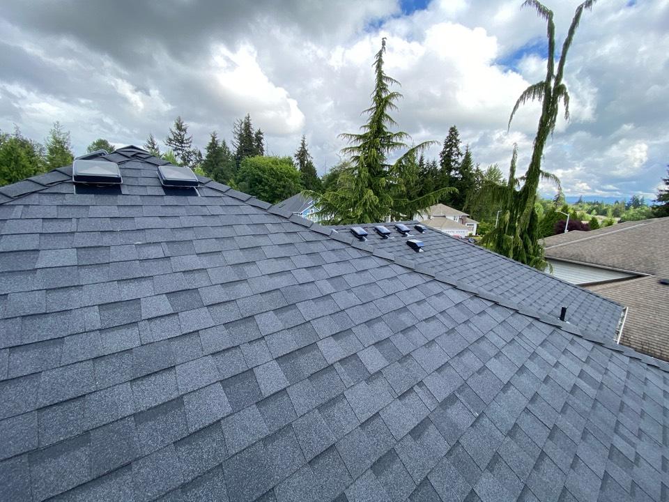 Everett, WA - Landmark 50 year warrantied roof install
