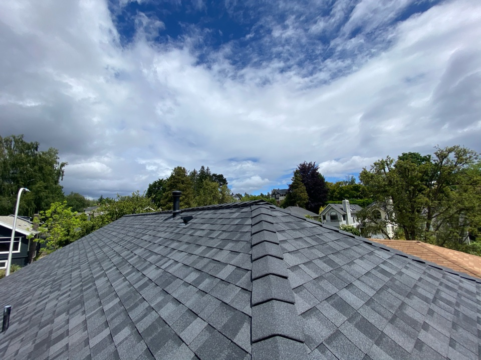 Seattle, WA - Northgate Roof replacement