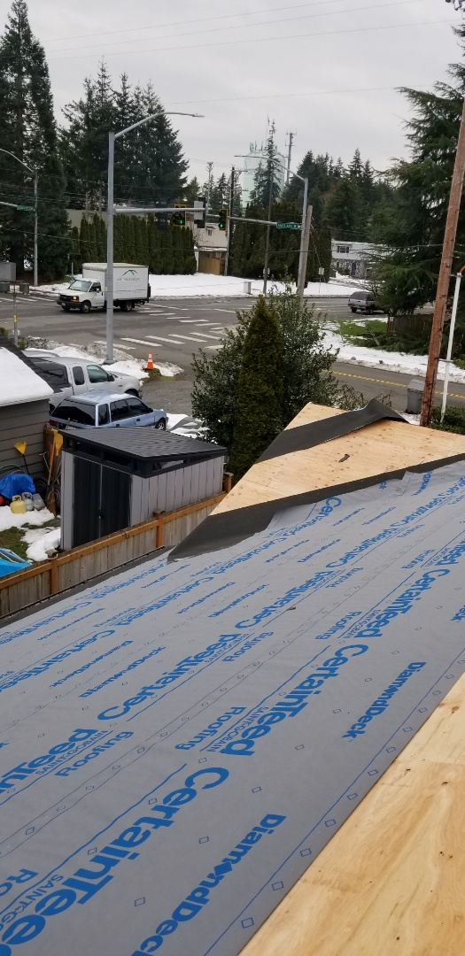 Mountlake Terrace, WA - New Certainteed Roof