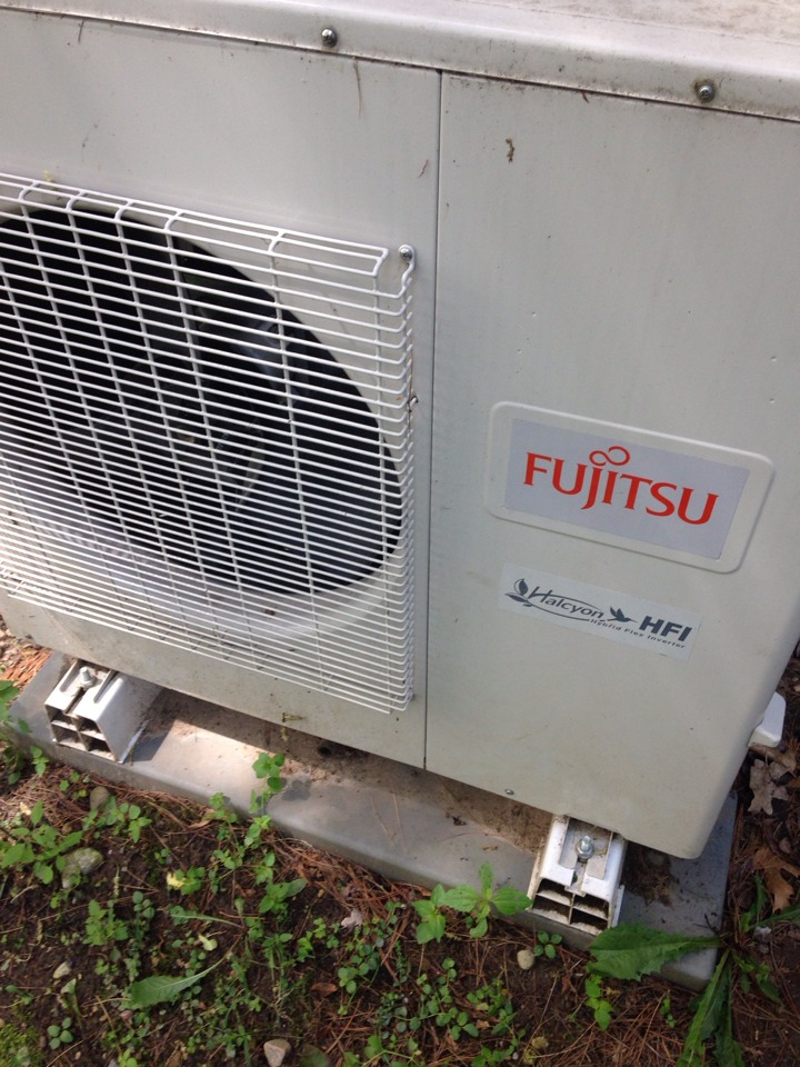 Richland, MI - A/C repair, fixed refrigerant leaks and recharged Fijitsu mini split system