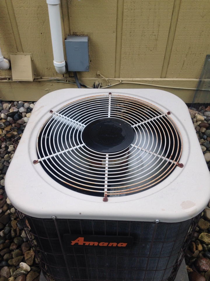 Portage, MI - A/C tune up, perform annual service on Amana air conditioner, replace Aprilaire humidifier pad