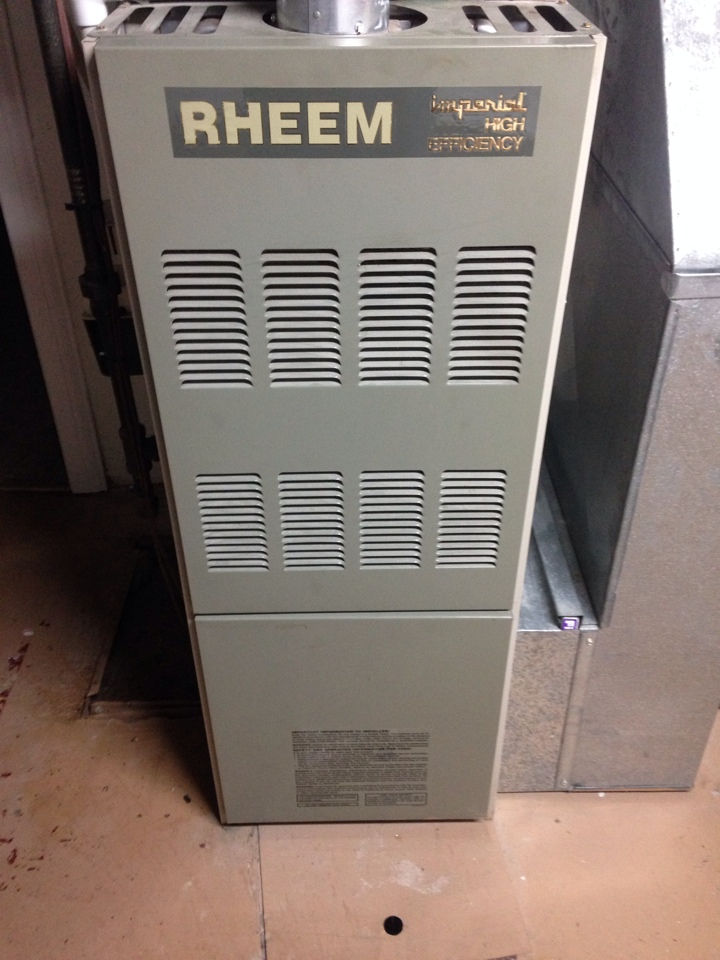 Kalamazoo, MI - Gas furnace and a/c tune up, perform annual service on Rheem furnace and Amana air conditioner