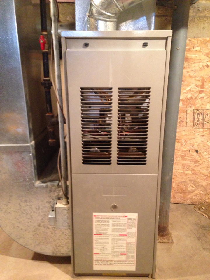 Vicksburg, MI - Furnace repair, replace igniter on Goodman gas furnace, clean flame sensor and burners, ran combustion test on furnace