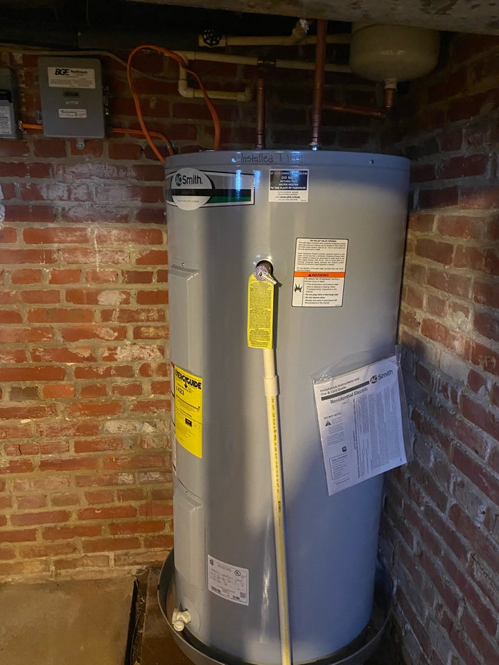 Edgewater, MD - Installed new 50 gallon electric water heater in Edgewater, MD