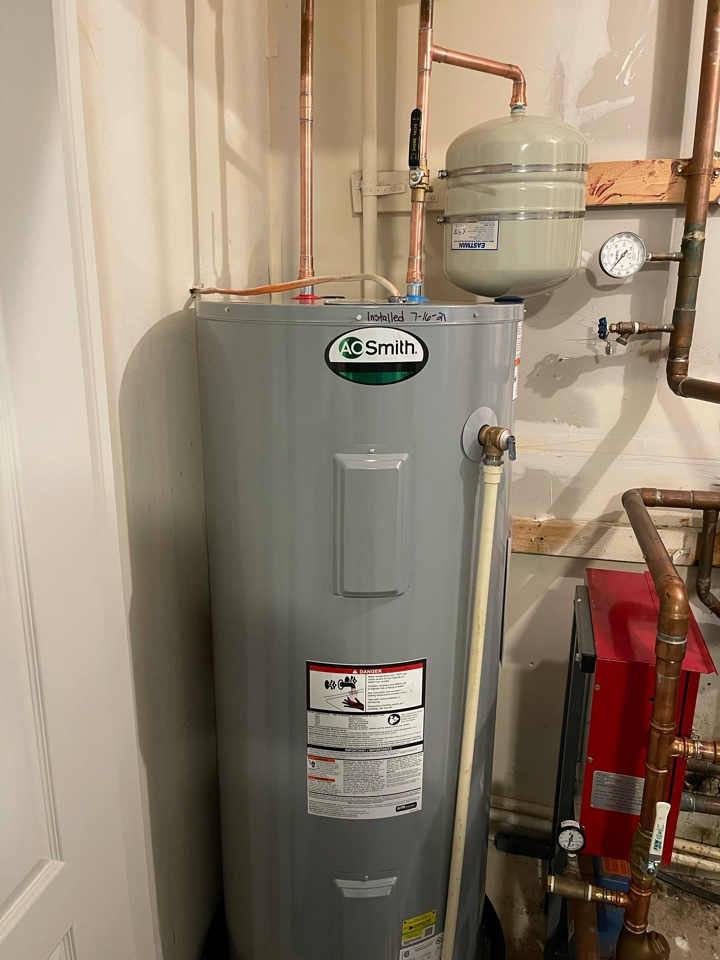 Installed new electric water heater in Indian Head, MD