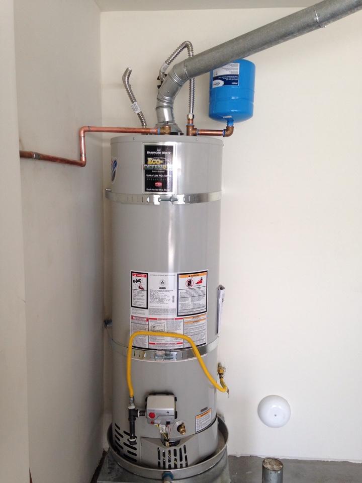 Rancho Cucamonga, CA - Install 40 gallon Bradford white water heater