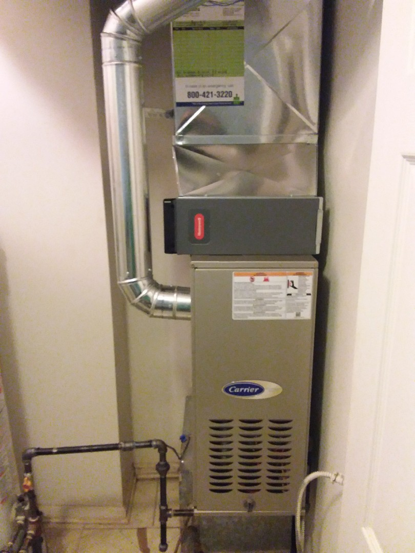 Naperville, IL - Installation of new carrier furnace replacing old Lennox furnace