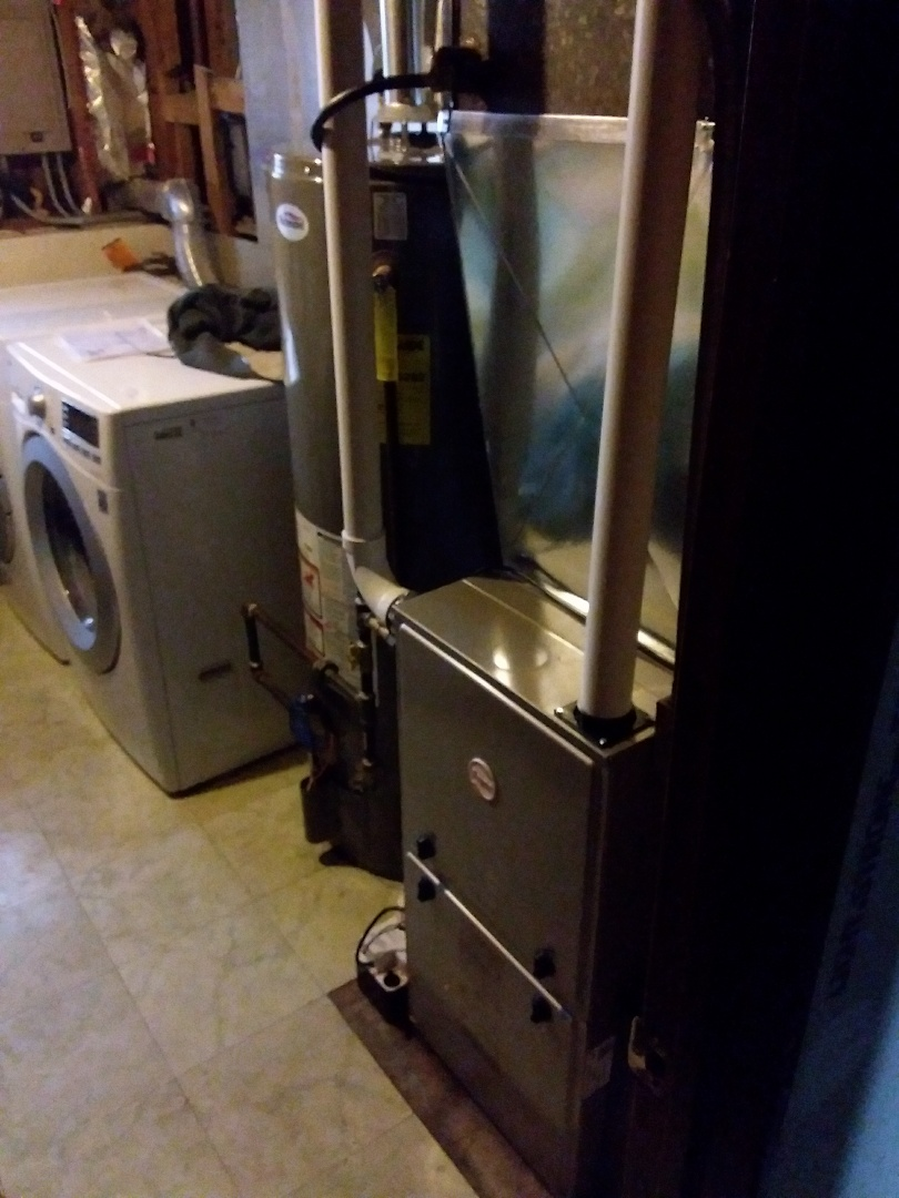 Hanover Park, IL - Installation of new carrier furnace replacing old Lennox furnace