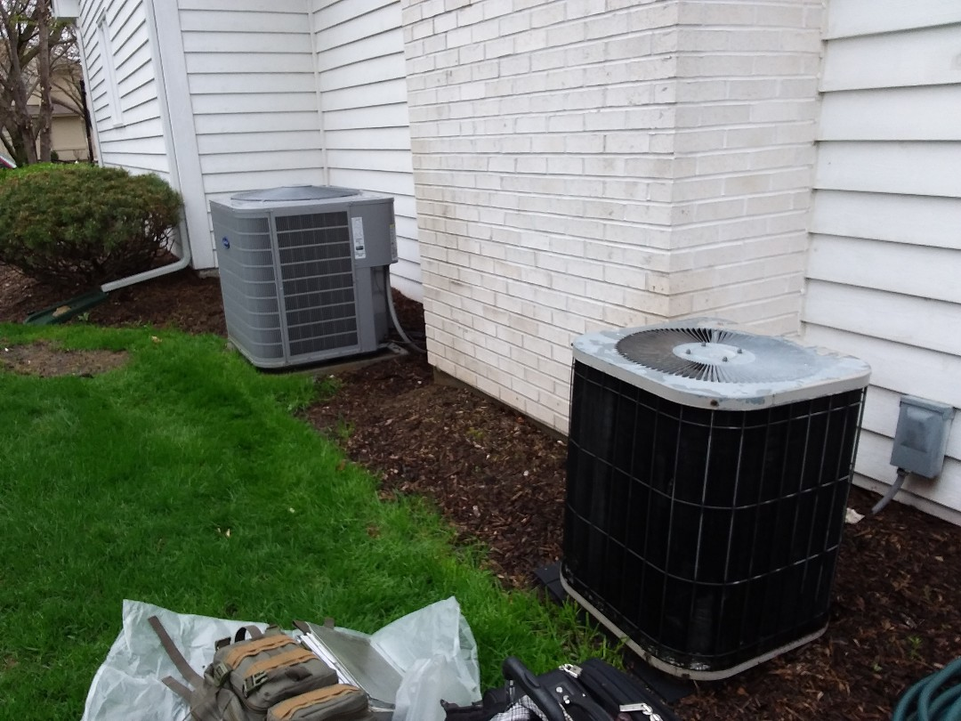Naperville, IL - Clean and checked  2 A/ C