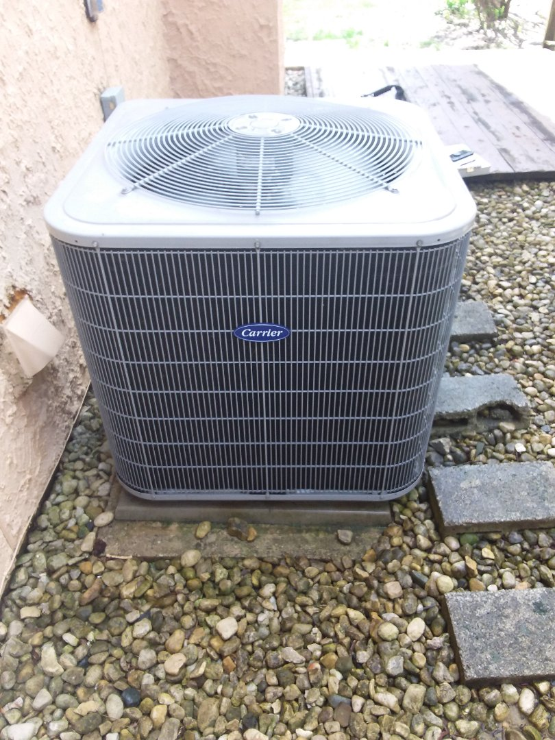 Oak Forest, IL - Carrier air conditioner maintenance and cleaning.