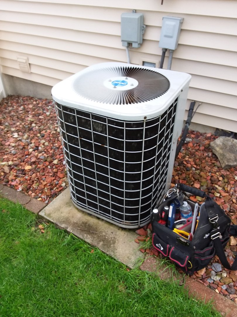 Oak Forest, IL - Tempstar air conditioner maintenance and cleaning