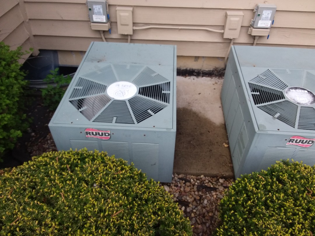 Roselle, IL - Ruud air conditioner maintenance and cleaning