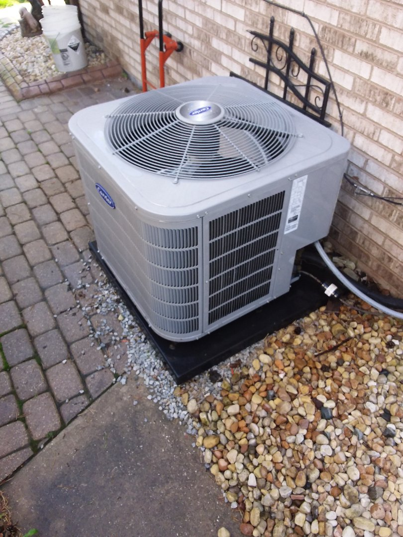 Roselle, IL - Carrier air conditioner maintenance and cleaning