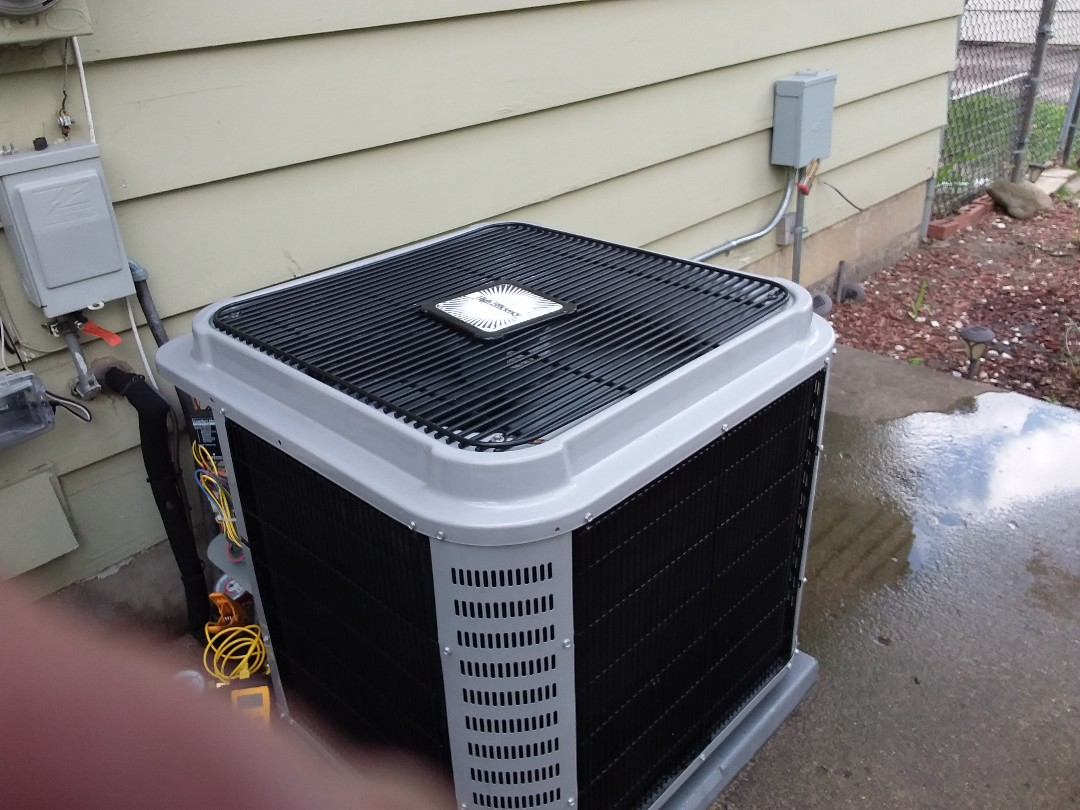 Hoffman Estates, IL - Clean and checked a/c