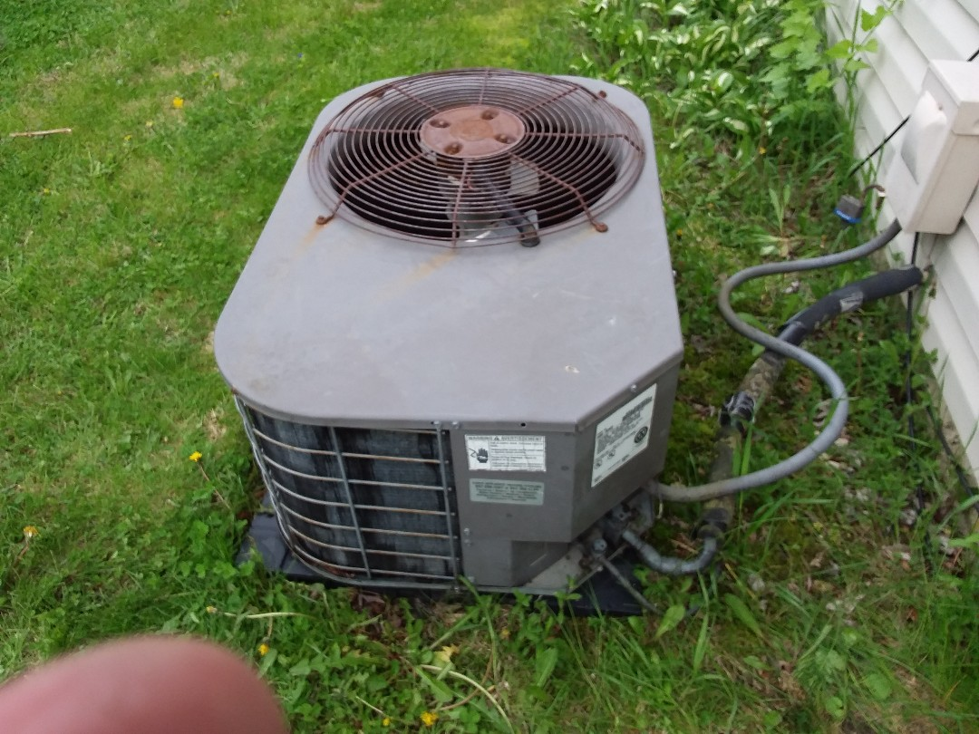 Rolling Meadows, IL - Clean and checked a/c