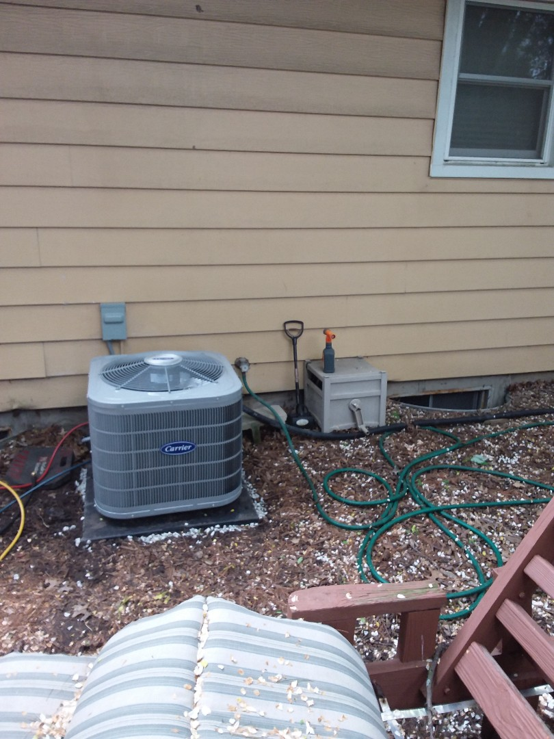 Streamwood, IL - Insolation of Carrier Air Conditioner