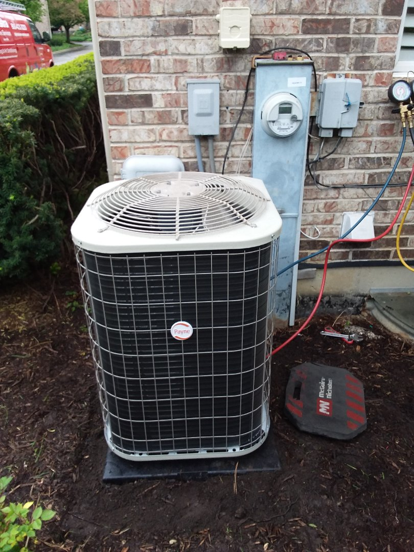 Hinsdale, IL - Installation of Payne air conditioner