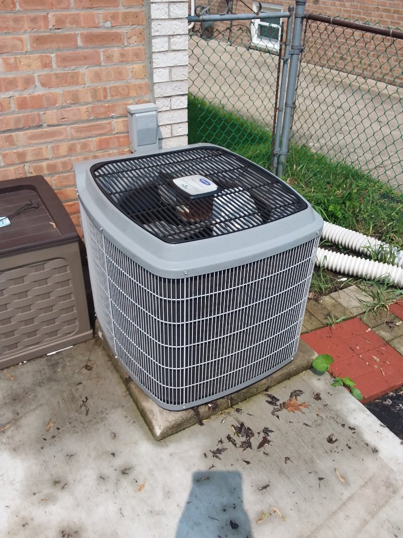 Evergreen Park, IL - Maintaining Carrier AC system
